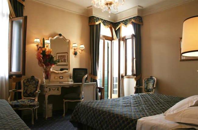 Hotel Antiche Figure