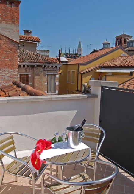 Hotel venezia 3 stelle hotel graspo de ua for Soggiorno a venezia economico