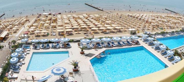 Hotel per bambini a jesolo lido 3 stelle con piscina for Designhotel jesolo