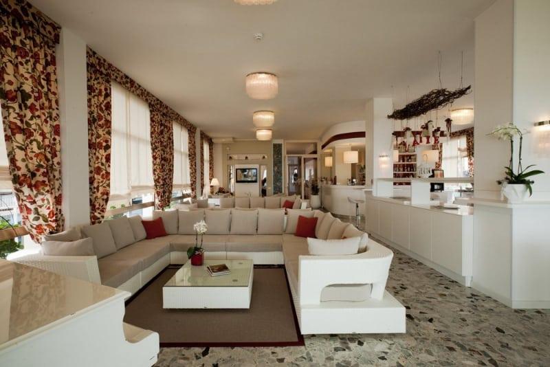 Hotel Canarie | Hotel Tre Stelle Jesolo