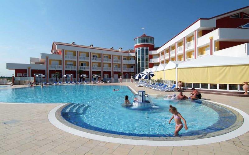 hotel olympus hotel quattro stelle caorle On hotel olympus caorle