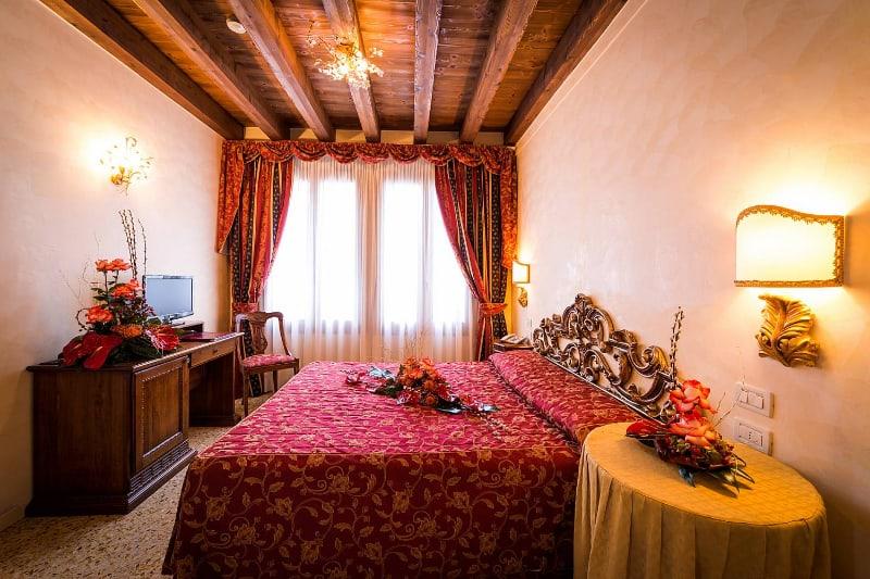 Hotel Tiziano  U00bb Venezia Net