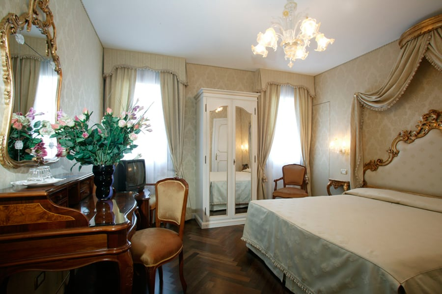 Hotel a venezia 3 stelle hotel a la locanda di orsaria for Hotel a venezia 5 stelle