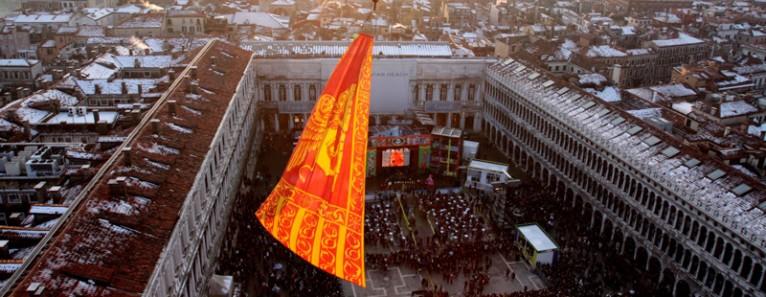 Svolo del Leon, Vogata del Silenzio,Scultura di Fuoco – Fine del Carnevale di Venezia 2013