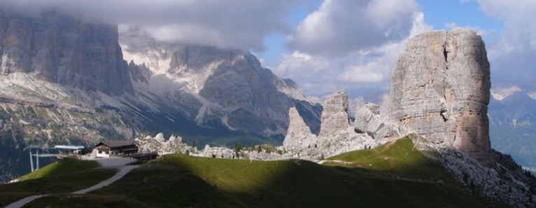 Tour guidato sulle Dolomiti in Minivan