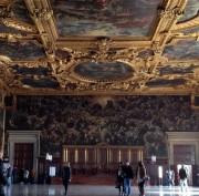 https://www.venezia.net/wp-content/uploads/2015/08/Interno_della_Sala_del_Maggior_Consiglio_-_Palazzo_Ducale_Venezia-180x177.jpg