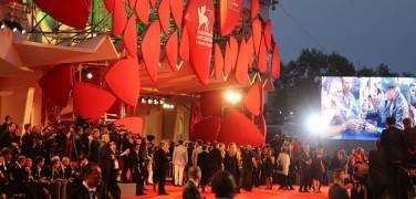 """VASCO ROSSI sul red carpet per il documentario a lui dedicato """"Il decalogo di Vasco"""""""