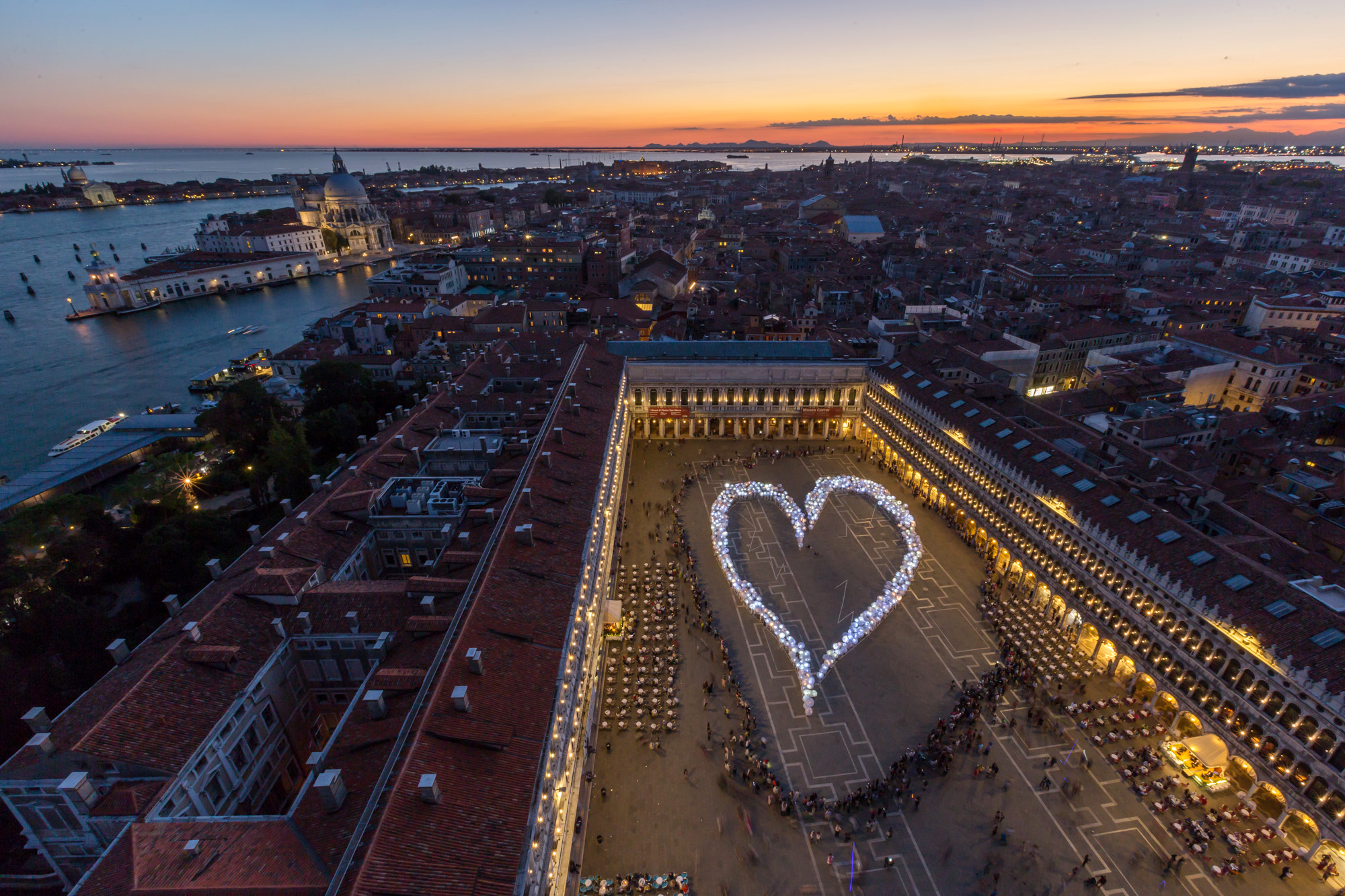 Essere Venezia – Un cuore umano in Piazza San Marco