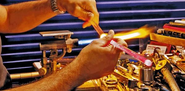 Mauro Vianello Glass Artisan