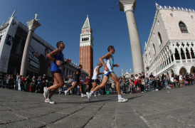 Venicemarathon 2016: 42 km immersi nel cuore veneziano