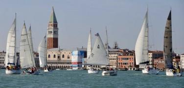 Veleziana 2016: domenica 16 ottobre decine di barche in Bacino San Marco