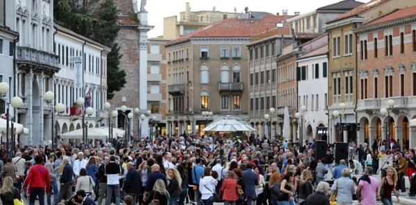 Torna l'HAPPY FRIDAY a Mestre, venerdì 13 Aprile