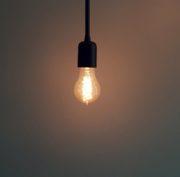 https://www.venezia.net/wp-content/uploads/2020/03/domanda-elettricita-energia-filamento-132340-180x177.jpg